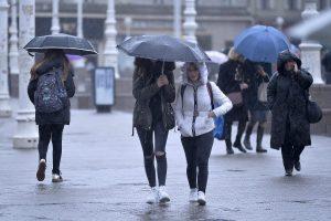 U većini krajeva Hrvatske oblačno, popodne dolazi kiša