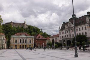U BiH u subotu 1200 zaraženih, u Sloveniji 1690, broj umrlih premašio tisuću